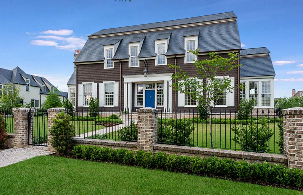 30-east-shore-drive-for-sale-in-the-woodlands